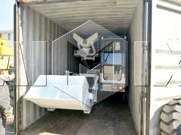 self loading concrete truck mixer