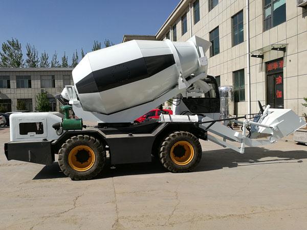 3.5 m³ self loading truck