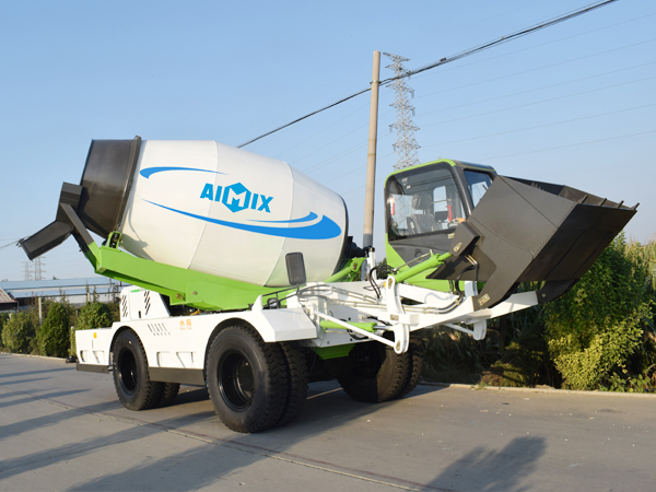 4.0 cub self loading concrete mixer
