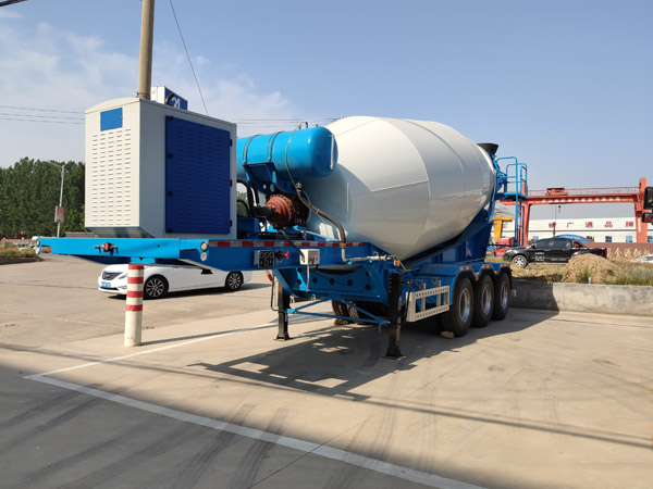 Concrete Trailer Mixer