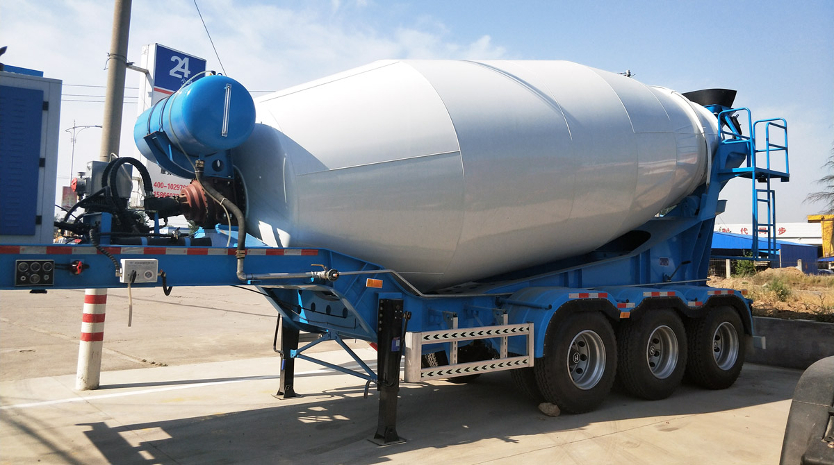 Trailer Concrete Mixer Truck